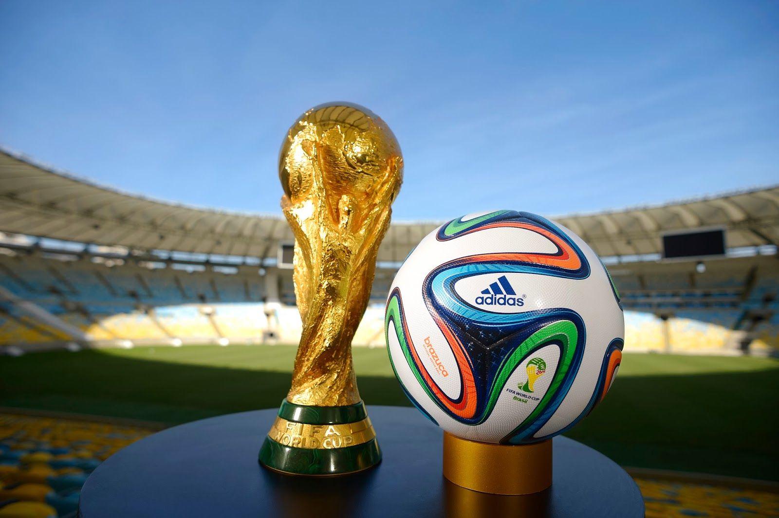 Fifa World Cup 2014 Ball And Trophy Dengan Gambar Piala Dunia