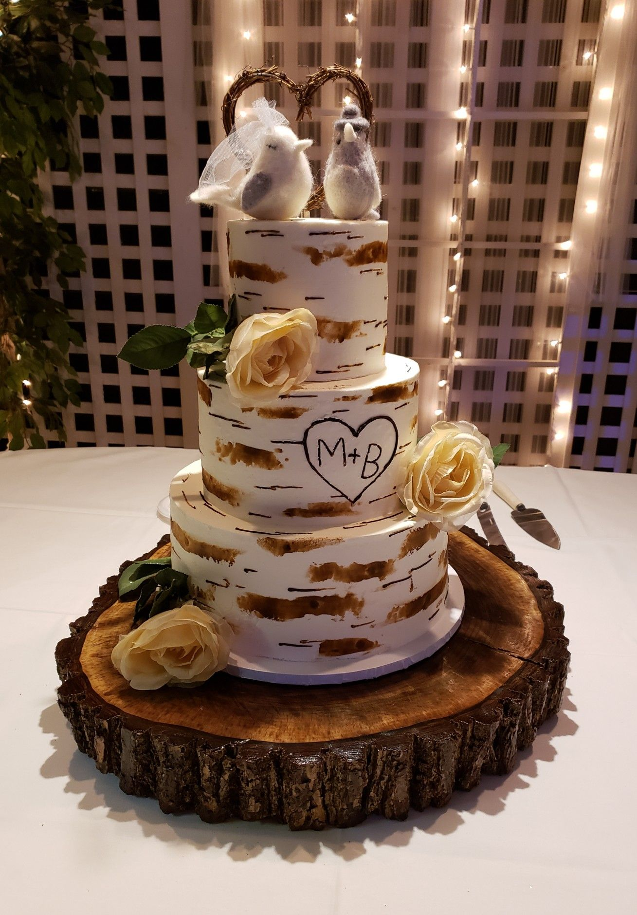Birch Tree Cake With Lovebirds On The Top With Images Birch