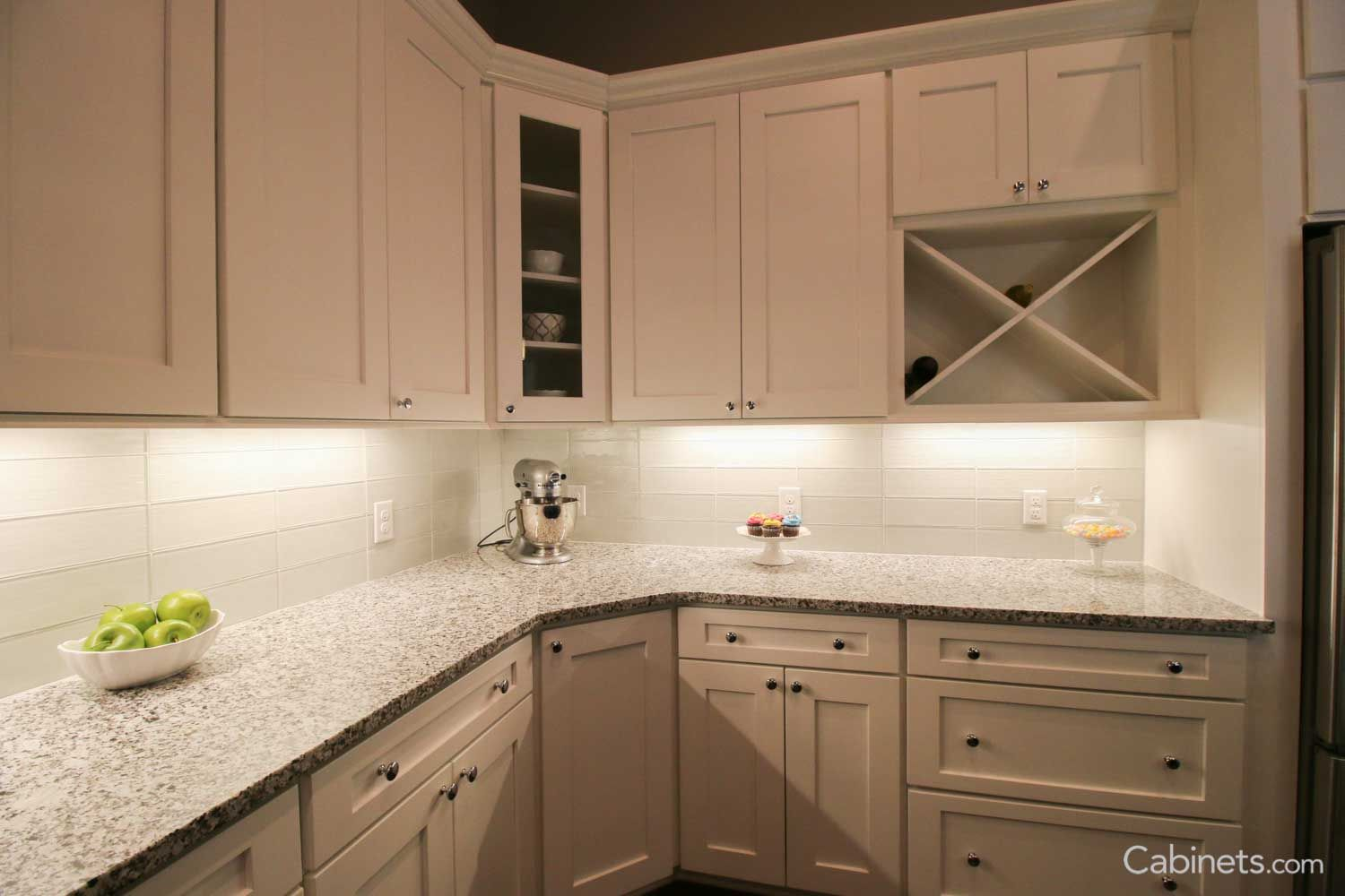 Shaker Ii Maple Bright White Kitchen Discount Cabinets