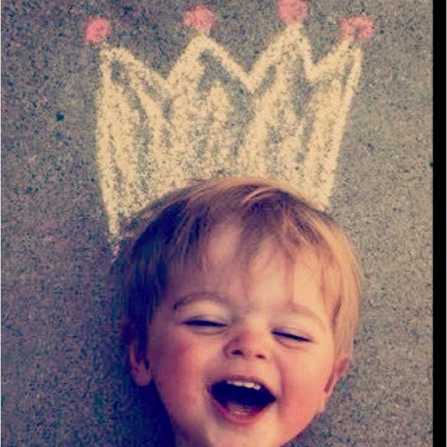Não tenho coroa, mas sou rei. O meu reino é a liberdade.
