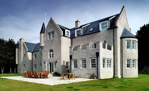 Baronial style flat pack castle supplier fleming homes for Build your own castle home