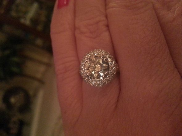 2 TO 3 CARAT RINGS ON SIZE 7 TO 8 FINGERS Weddingbee Mine is