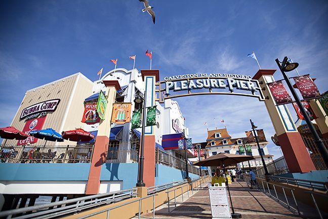Let Birds Fly Pleasure Pier Galveston Tx Texas Beaches