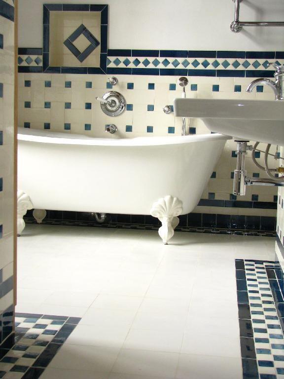 Passé recomposé : les Céramiques du Beaujolais | Salle de bains ...