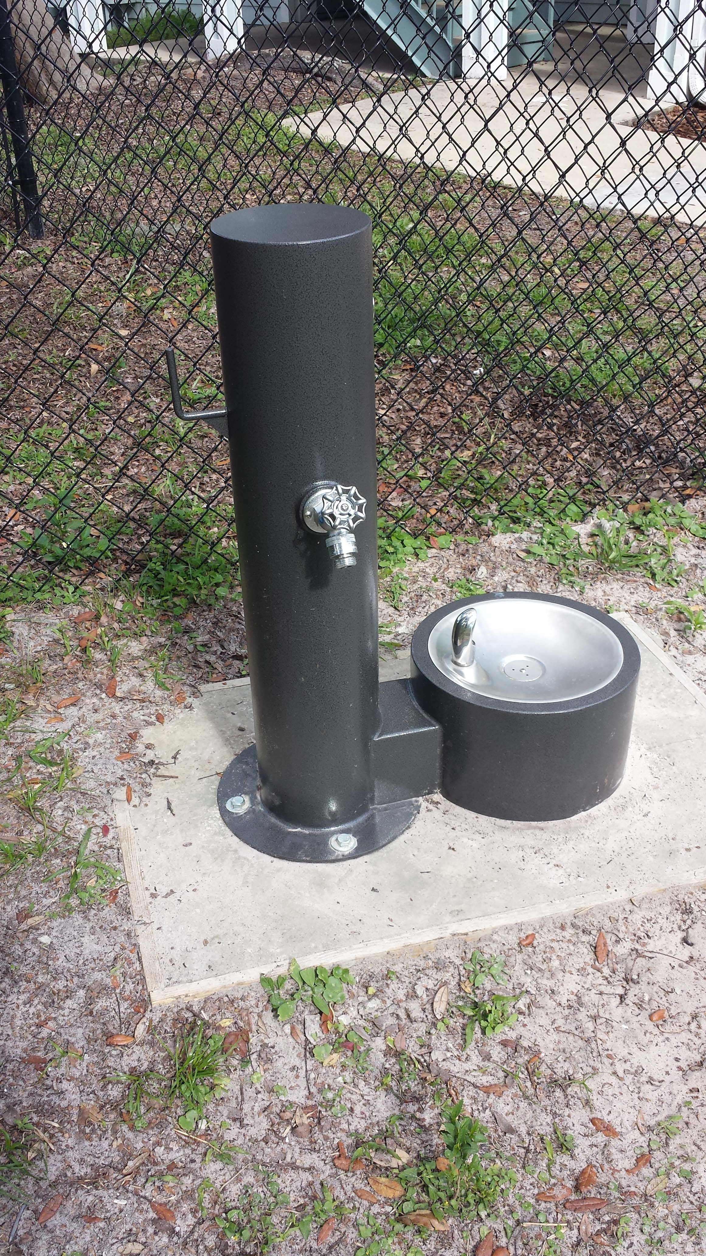 Deluxe dog watering station easy pets indoor dog park