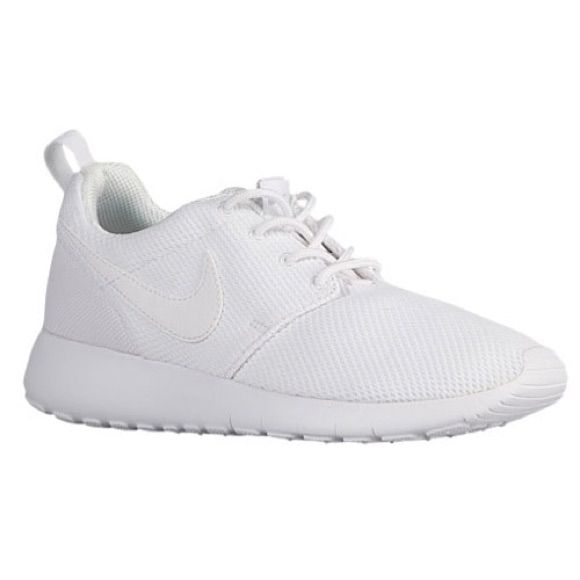 reputable site 40490 fd485 Kids White Roshes Worn Once | Products | Best nike running ...
