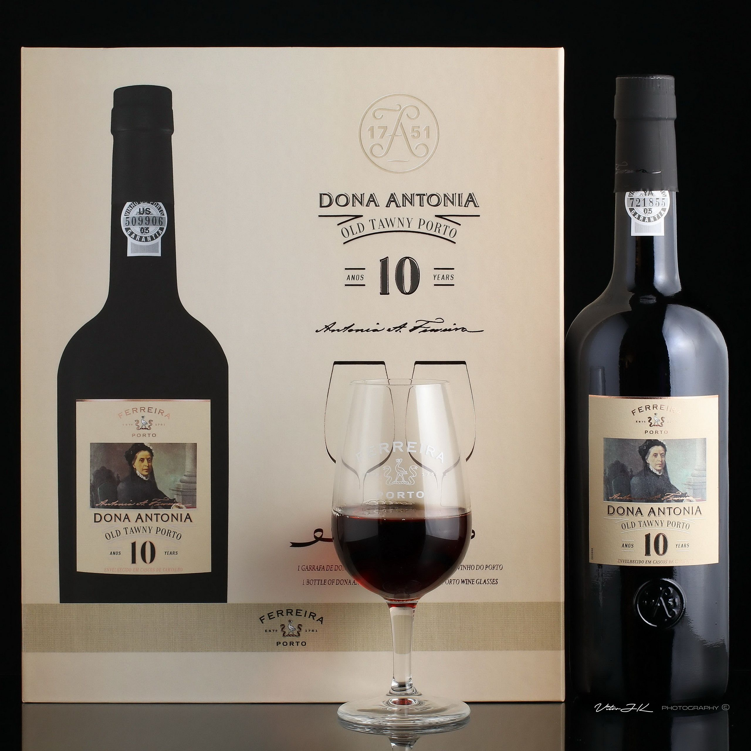 Dona Antonia Old Tawny Porto 10 Years Port Wine In 2020 Port Wine Wine Porto