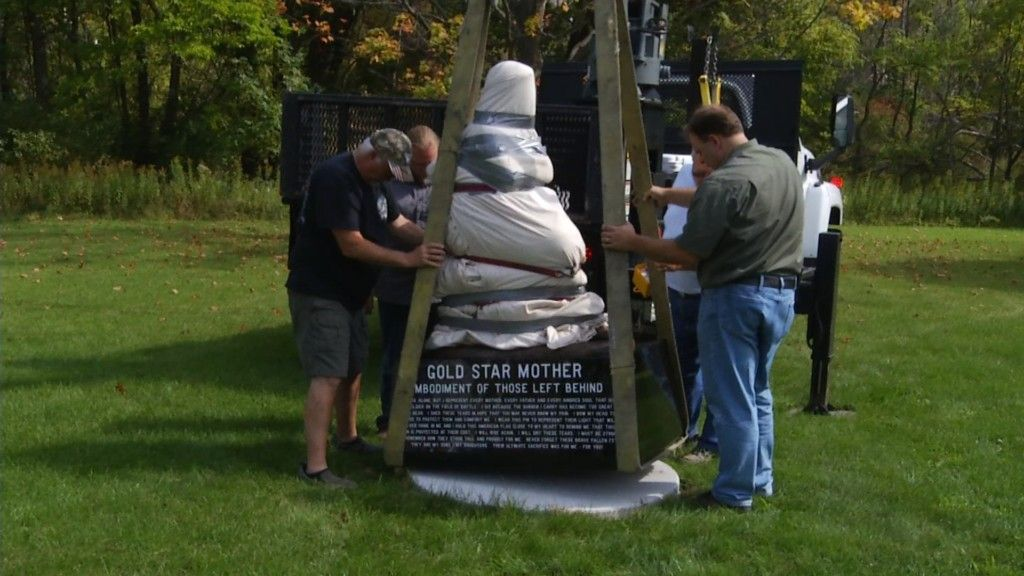 Gold Star Mothers Statue Arrives In Traverse City