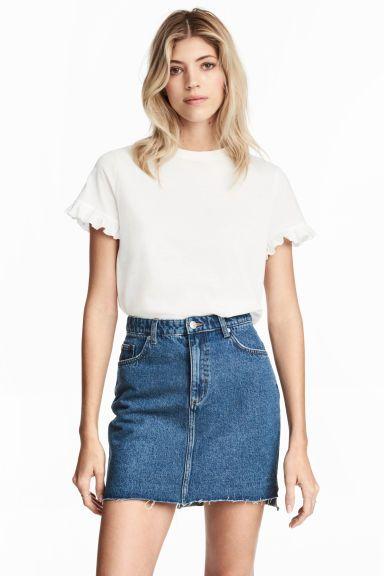 jupe en jean en 2019 v tements pinterest jupe en jean jeans bleu et veste en jean courte. Black Bedroom Furniture Sets. Home Design Ideas