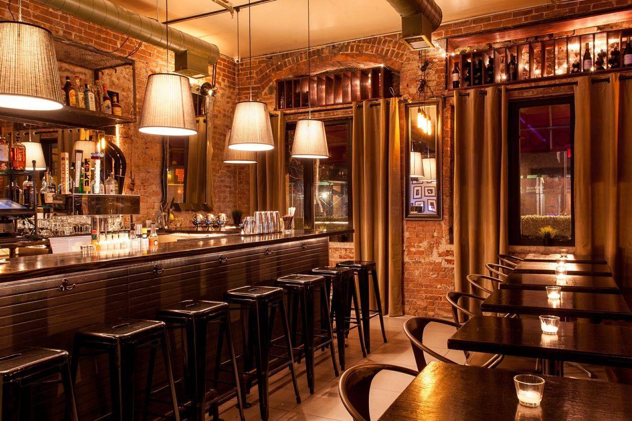 Charlie S Bar Kitchen The Bronx New York 718 684 2338 Kitchen Bar Bar Cool Bars