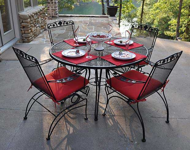Meadowcraft Dogwood Wrought Iron Coil Spring Dining Arm Chair In