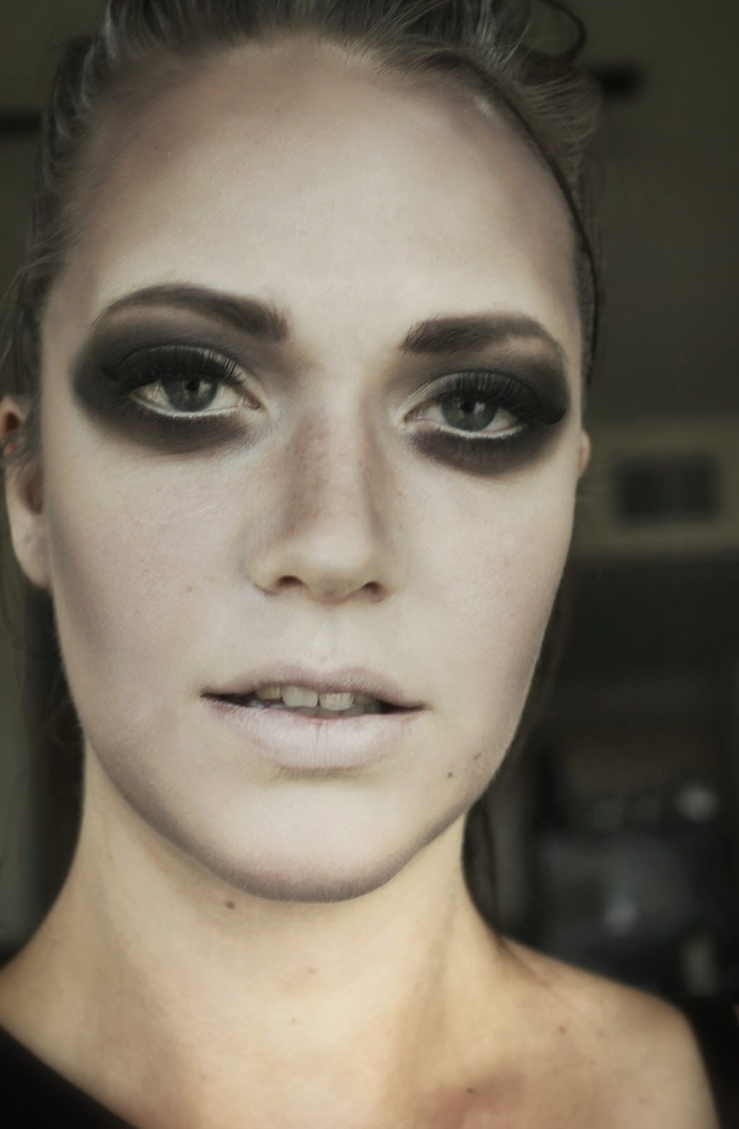 Glamorous ghost makeup for Halloween #makeup #makeupxsarah #ghost ...