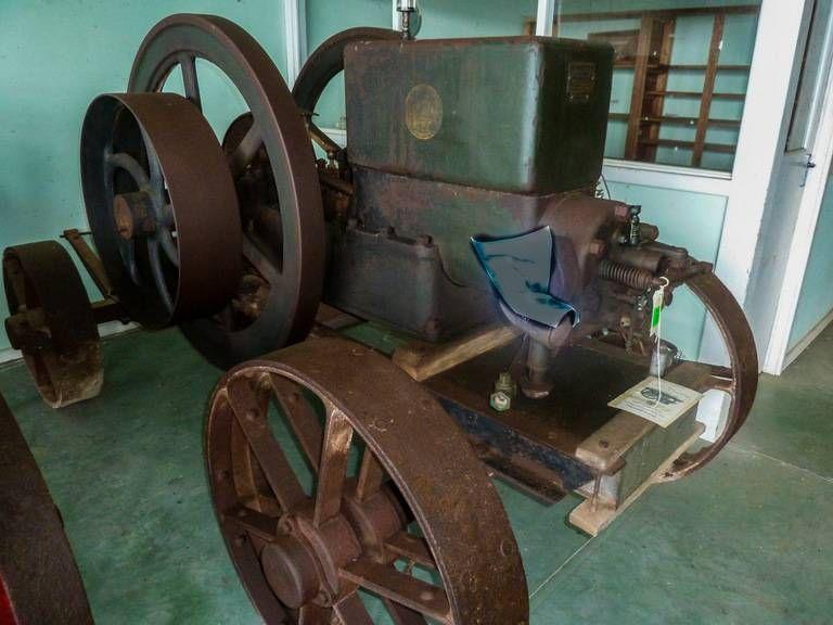 Fuller Johnson Engine