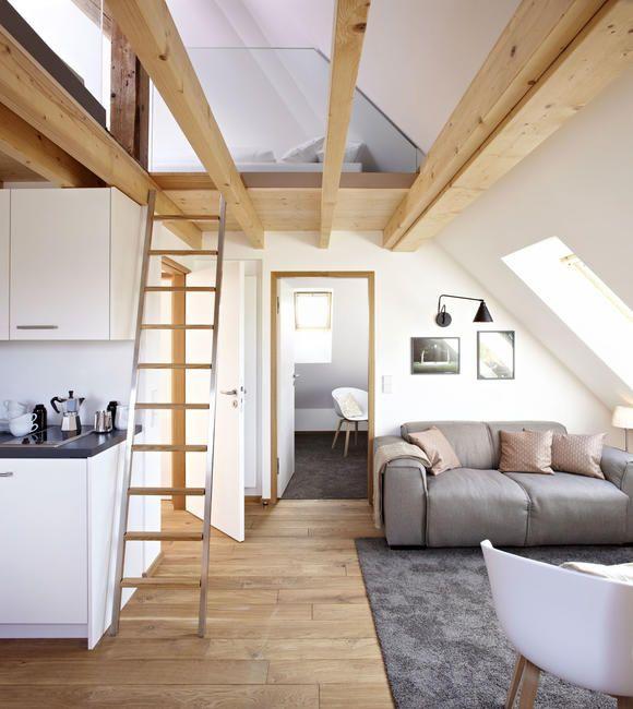 Wohnen unterm Dach Dachs, Wohnen und Eichendielen - wohnzimmer offen gestaltet