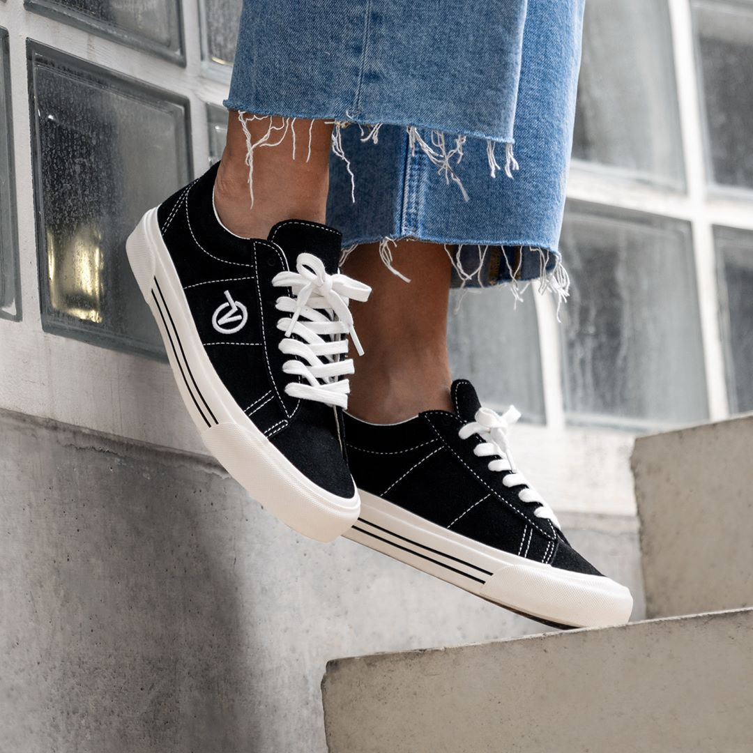 Pin auf Sneakers Vans