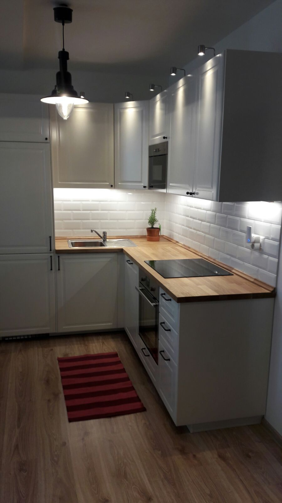 Ikea Küche L Form I'm In Love With My New Ikea Bodbyn Kitchen With French Metro Tiles. It's Small But Has Everything I… | Kitchen Design Small, Kitchen Layout, Budget Kitchen Remodel
