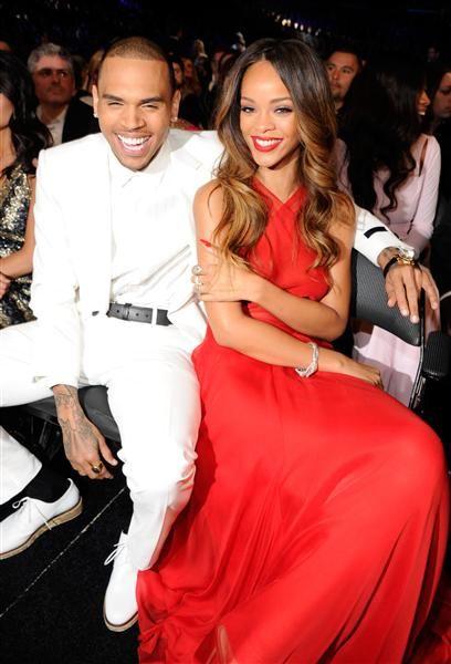 Chris Brown y Rihanna en la ceremonia de los Grammy, en Los Angeles, el 10 de febrero de 2013.