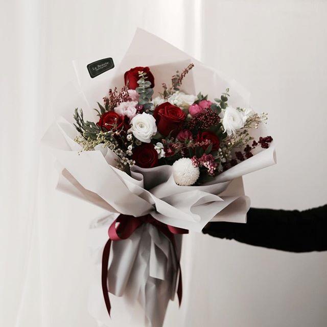 Pengen In 2020 Flowers Bouquet Chocolate Flowers Bouquet
