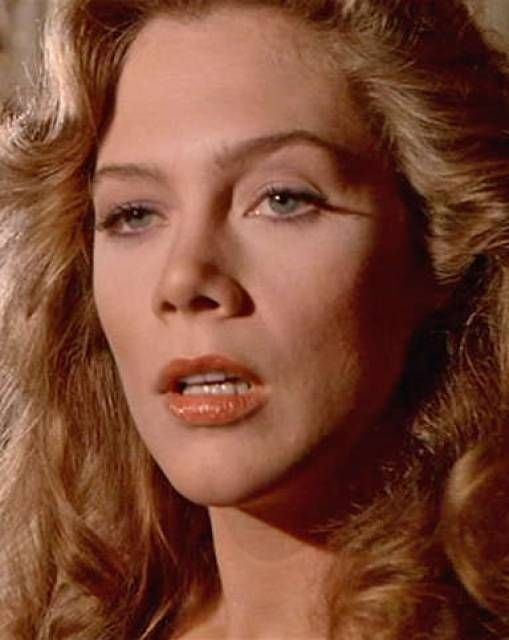 kathleen turner 1980skathleen turner 2016, kathleen turner californication, kathleen turner series, kathleen turner china blue video, kathleen turner kiss, kathleen turner 1980s, kathleen turner and william hurt, kathleen turner wikipedia, kathleen turner wiki, kathleen turner gif, kathleen turner young, kathleen turner and sting movie, kathleen turner jessica rabbit
