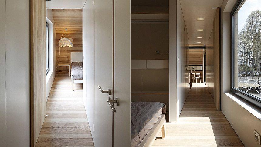 Mooi doorzicht, prachtige deur, ganglicht, slimme bergkast in slaapkamer
