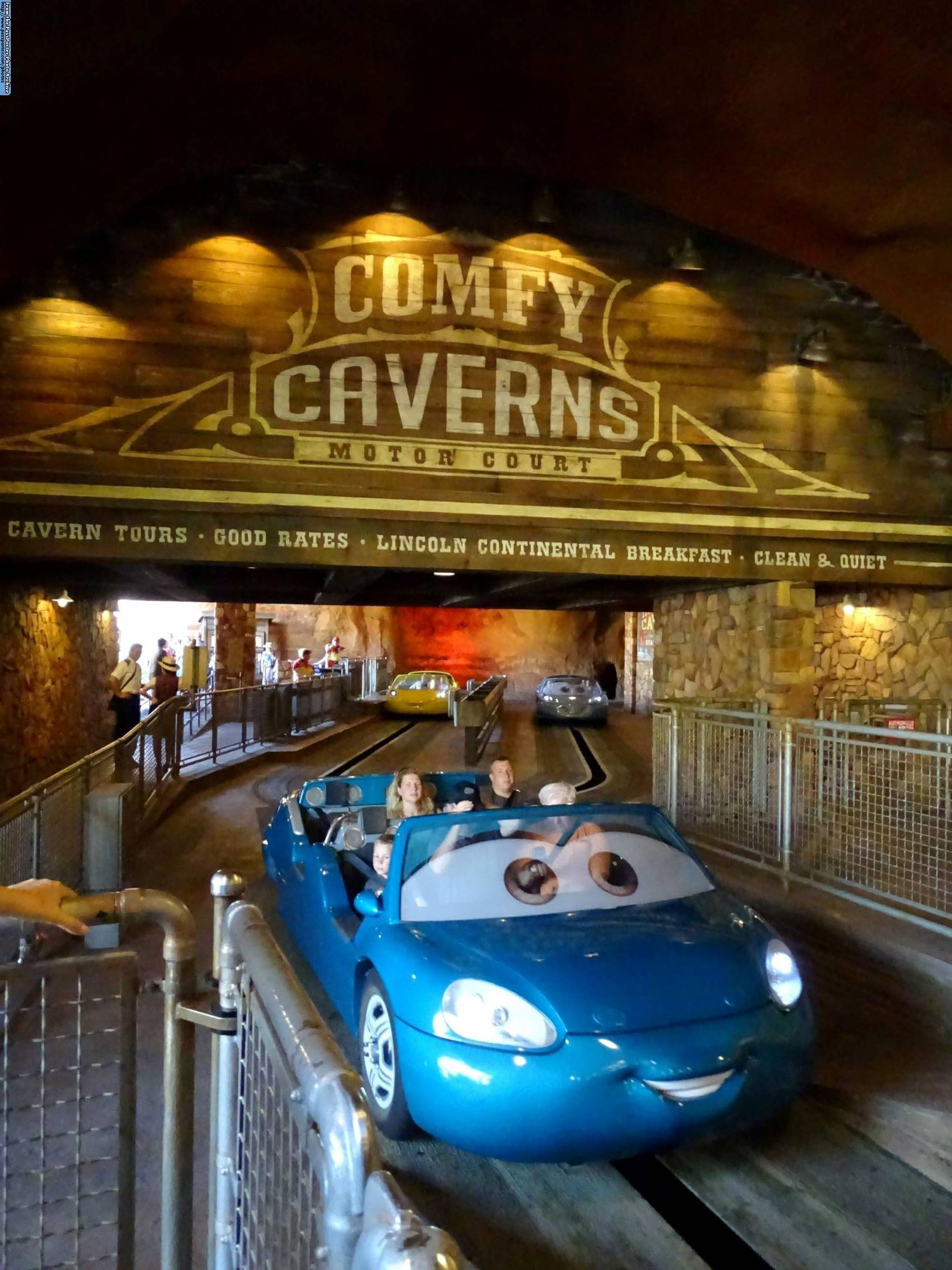 Comparing Walt Disney World And Disneyland Attractions