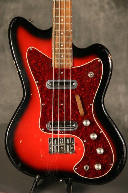 Silvertone Bass Like Coral Wasp 1960 S Redburst Olivia S Vintage Reverb Bass Guitar Vintage Bass Guitars Bass