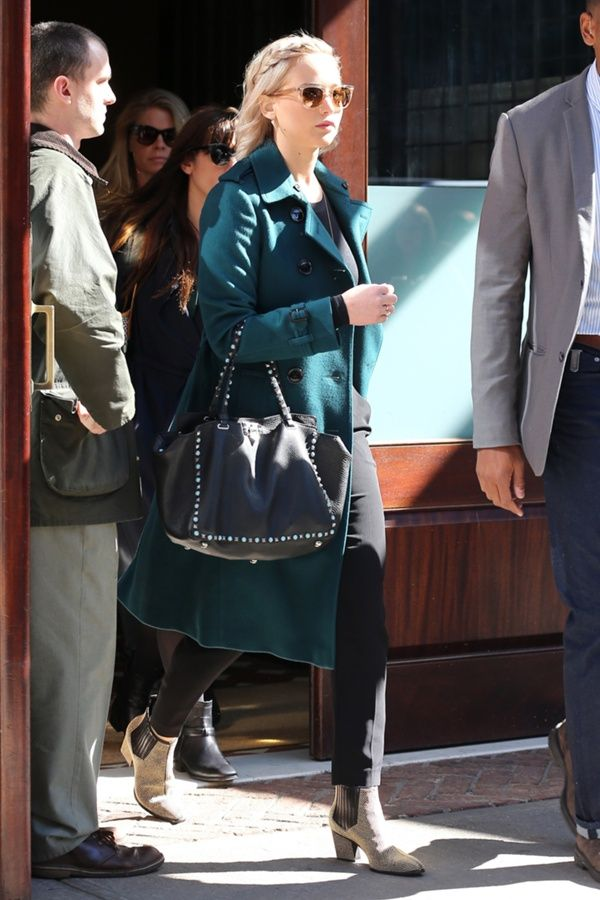 Teal and Tote #JenniferLawrence #NYCstyle #HBD101