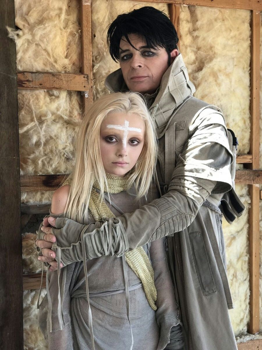 Gary Numan And Daughter Persia Come Over To Www Nickyblue Com Freebie To Keep Posted On My Upcoming Book On Gary Numan Gary Numan Numan Musician Photography