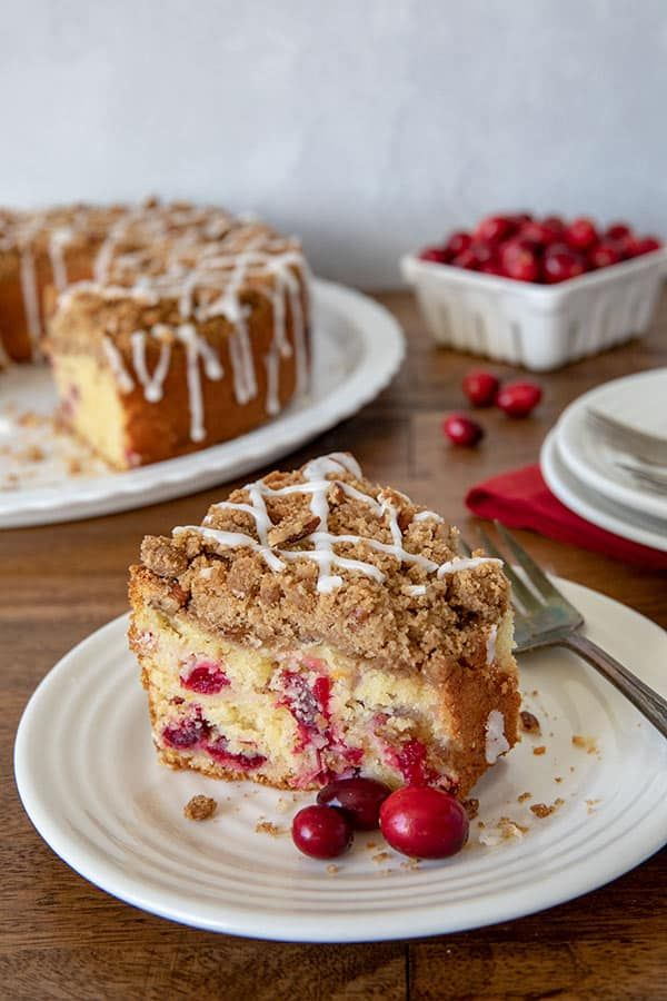 This Cranberry Orange Crumb Cake Is A Fabulous Coffee Cake Loaded With Cranberries A Brown Sugar C Orange Crumb Cake Cranberry Coffee Cake Coffee Cake Recipes