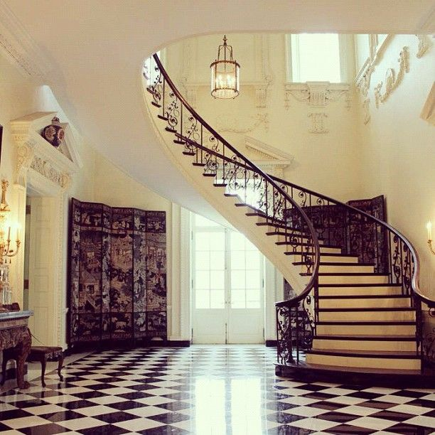 Exceptional Foyer /Staircase Inside Atlantau0027s Historic Swan House.