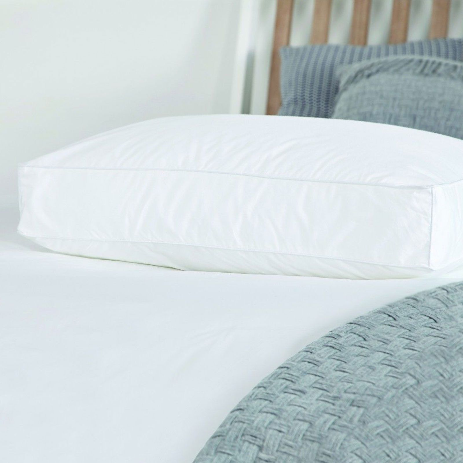Luxury Walled Firm Support Pillow