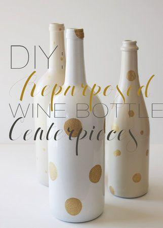 Leuk om op de tafel te zetten. Gezien op: http://www.projectwedding.com/wedding-ideas/9-ways-to-work-wine-into-your-wedding-decor/4
