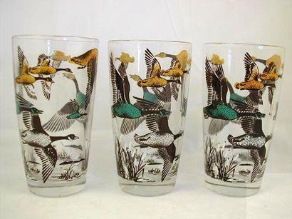 Souvenir Glasses.