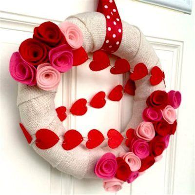 Photo of Valentine Wreath Ideas: How to Make a Burlap Wreath