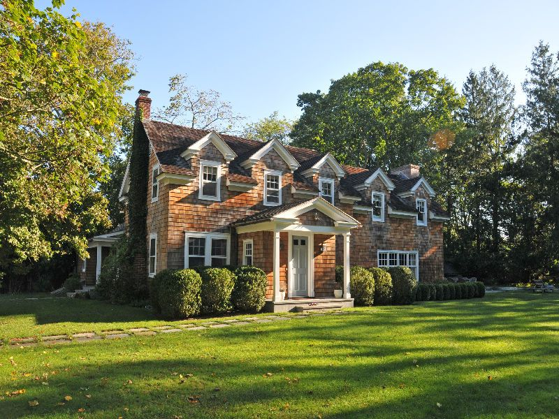 In Contract!! 20 Dunemere Lane, East Hampton, NY