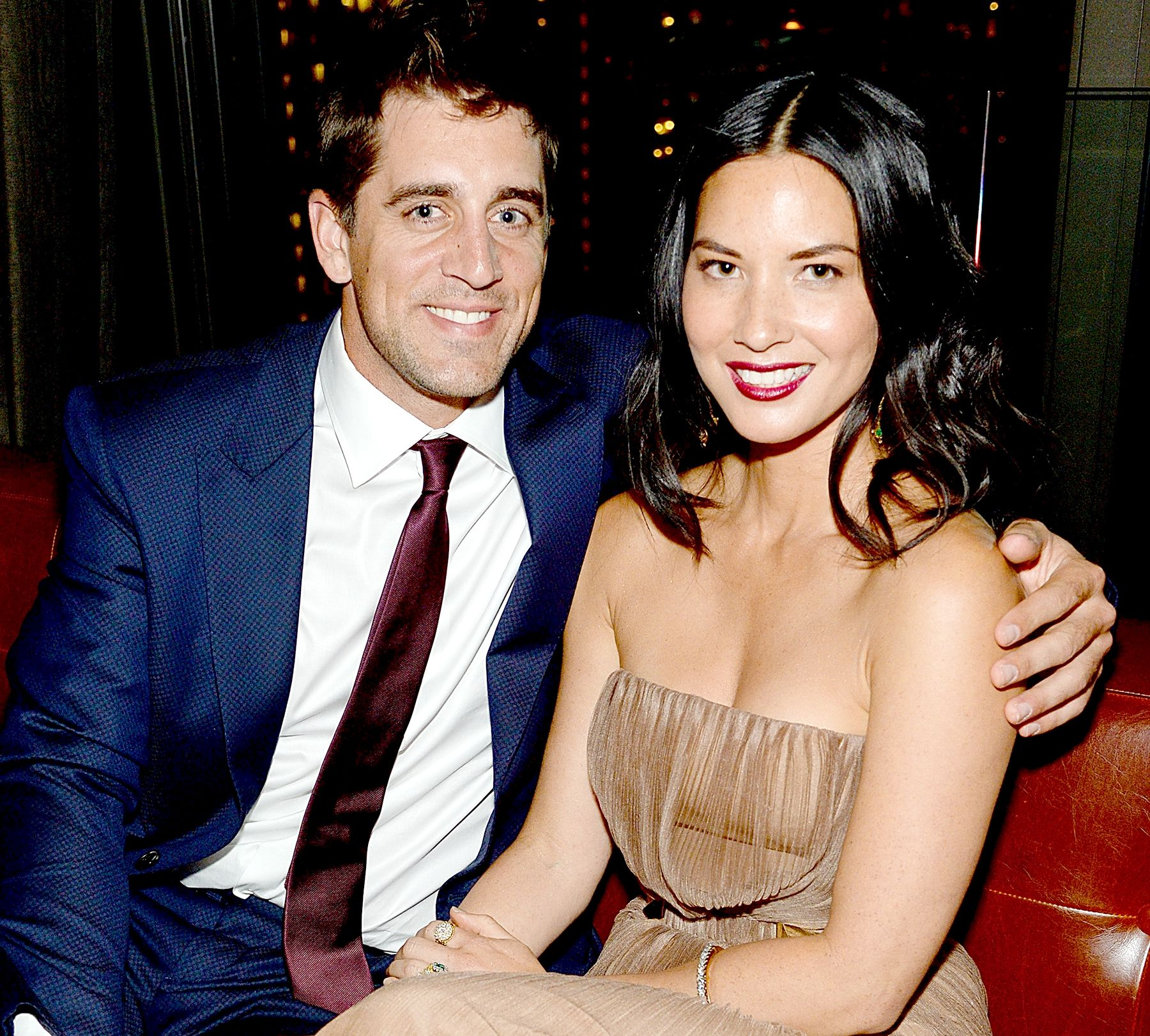Olivia Munn Supports Her Quarterback Boyfriend Aaron Rodgers At Every Green Bay Packers Home Game Plus She Reveal Olivia Munn Celebrity Couples Celebrities