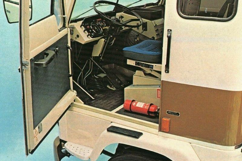 Pingl par fr d ric b sur old european trucks lkw volvo lkw et oldtimer - Decoration interieur camion ...