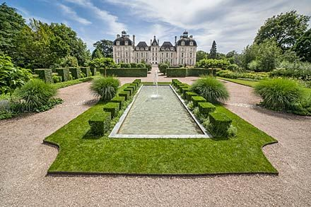 Le jardin des apprentis   Château de Cheverny   Inspo for Byron\'s ...