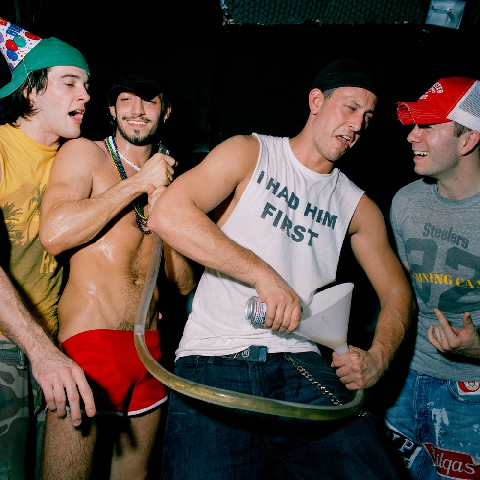 Frat boys go gay