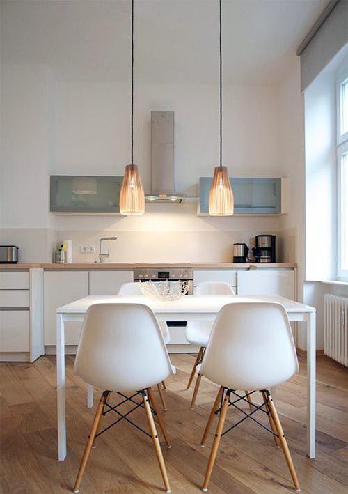 Алюминиевые витрины на кухне в скандинавском стиле.