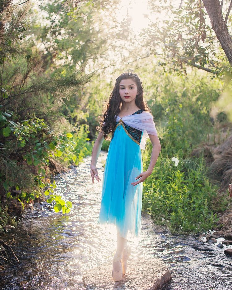 Ballerina photography dancing in the rivers Phoenix Arizona child ...