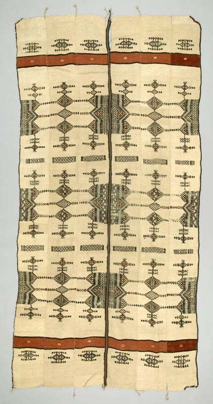 Africa | Blanket ~ Khasa ~ from the Fulani people from Mali | Wool; Strip woven; plain woven; supplementary weft; hand-sewn | ca. 1950 - 1970.