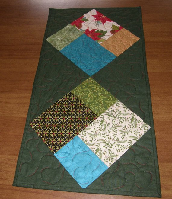 Christmas Quilted Table Runner Christmas Table Runner Quilt Modern Christmas Table Runner Christmas Table Topper Patchwork Table Runner Quilted Table Runners Christmas Patchwork Table Runner Quilts
