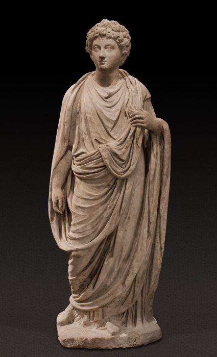 Roman Marble statue of a youthful Marcus Aurelis as Caesar, togate, 140 A.D. circa. Approximately 3/4 life-size, given that title in AD 139 by the emperor Antoninus Pius after adopting him as his heir, the head is set separately into the body, 125 cm high Private collection