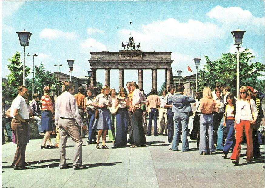 Berlin Ddr In Den 70ern Brandenburger Tor Und Pariser Platz Zeitreise Ddr Berlin