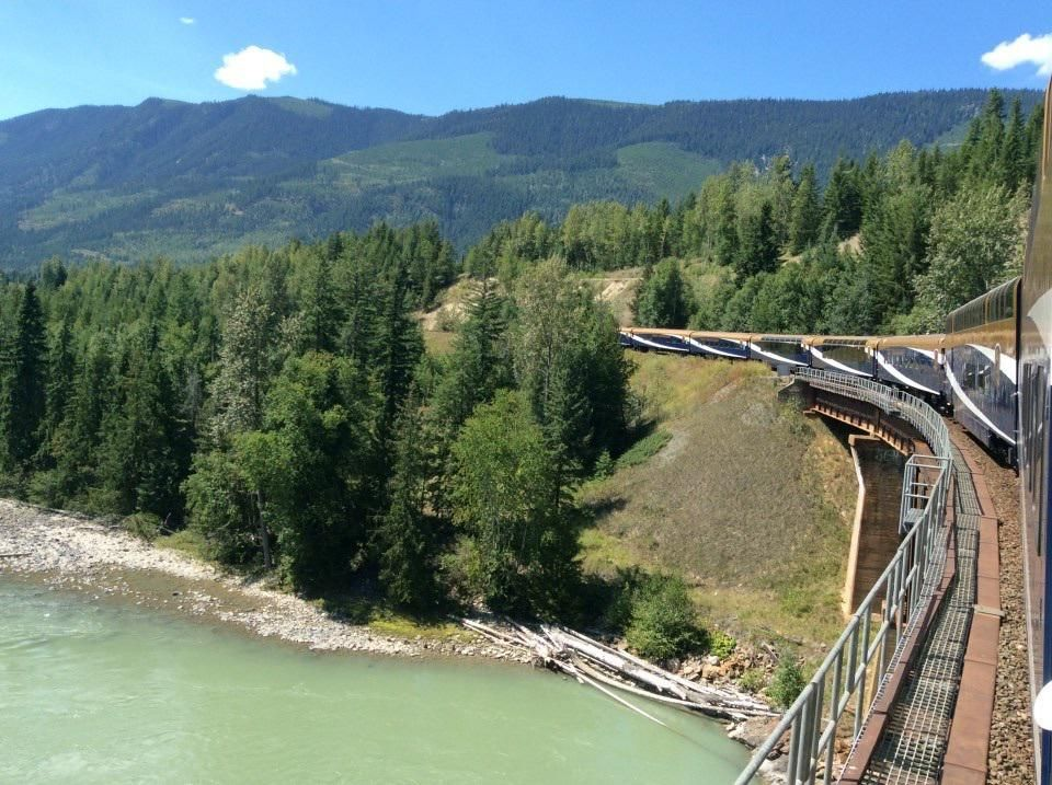Wonders of Canadian Rockies & British Columbia aboard the Rocky Mountaineer! http://www.bonvoyageurs.com/2015/08/03/rocky-mountaineer/… #RockyMountaineer