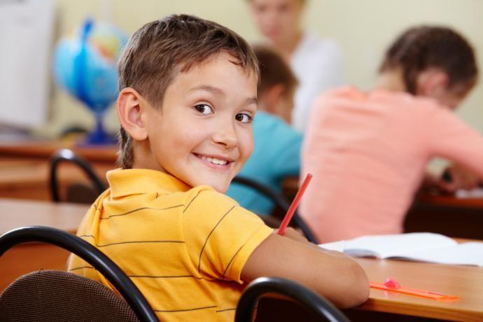 Najväčšou prekážkou pri učení nie sú chýbajúce schopnosti, ale chuť k duševnej námahe. Učeniu sa darí najlepšie vtedy, keď sú žiaci pozitívne naladení. Ako môžete deti naladiť na učenie?