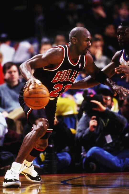 26a5510749b302 Pin by bsales on Basketball Icon-Michael Jordan