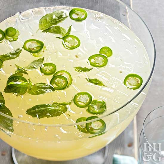 Cool Off with One of These 20 Tasty Lemonade Recipes #basillemonade