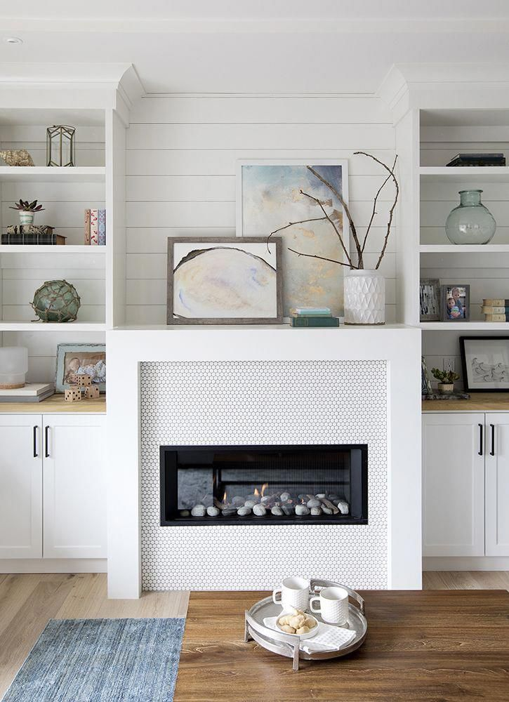 Family room design ideas with corner fireplace smallroomdesign shelves around mantels also best images in rh pinterest